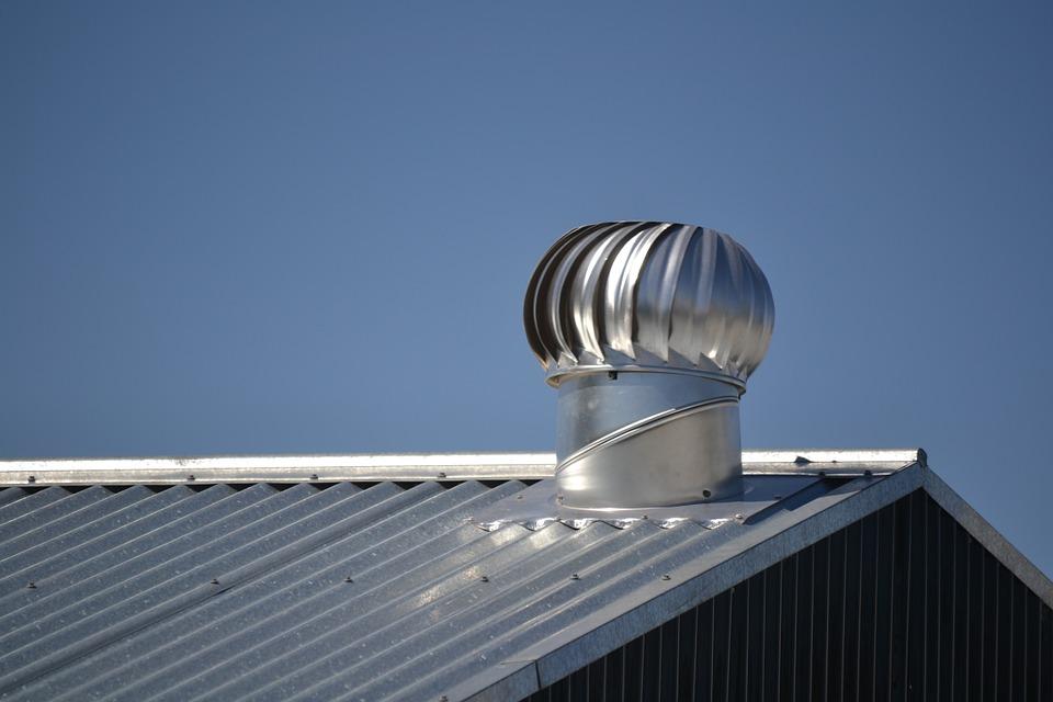 Katuseplekk ja plekk-katus on suurepärane valik. Katuse renoveerimine. Pleki renoveerimine. katuse vahetus